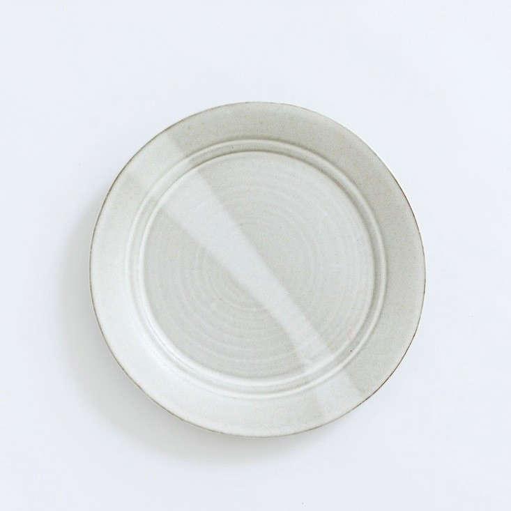ERIC-BONNIN-KAM-DINNER-PLATE-IN-OATMEAL-Remodelista