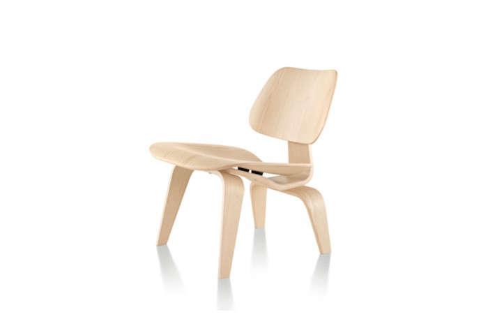 Eames-Light-Wood-Chair