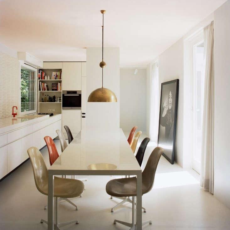 Eat-In-Kitchen-in-Berlin-Atrium-House-Remodelista