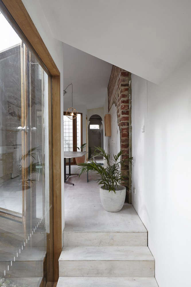 Edwards Moore Dolls House Interior with Concrete Floors, Remodelista