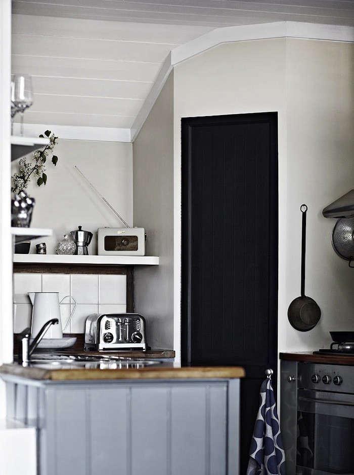 Ellis-House-Kitchen-01