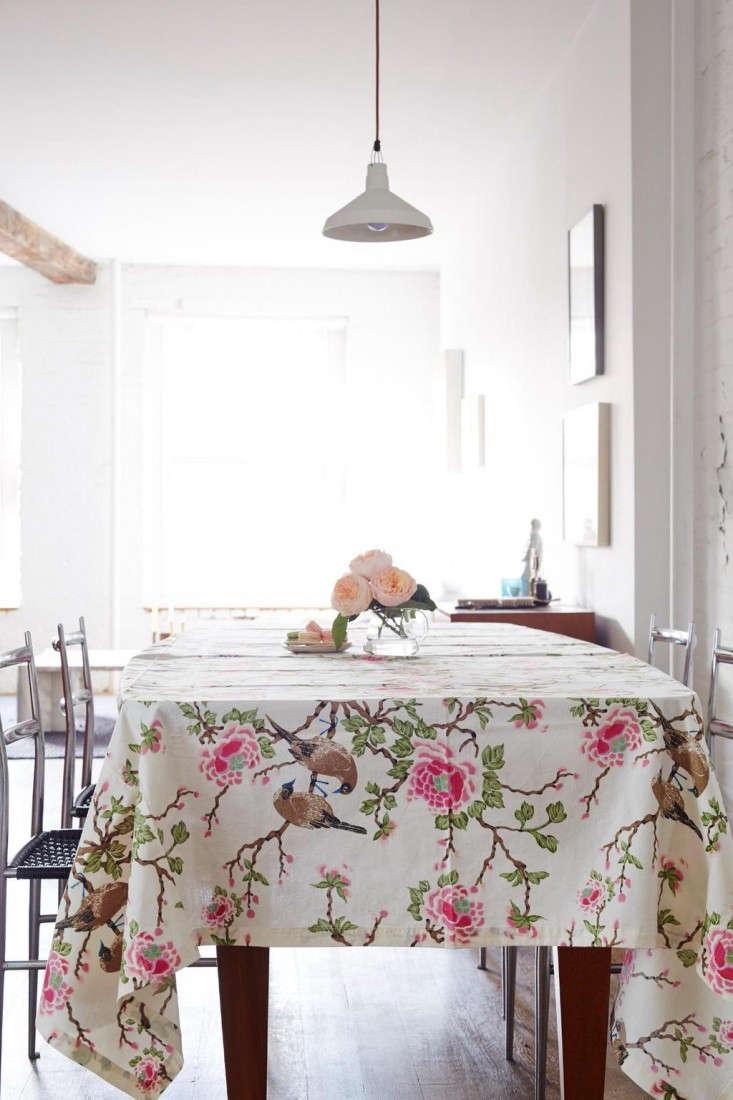 Erica-Tanov-Lovebird-tablecloth-Remodelista