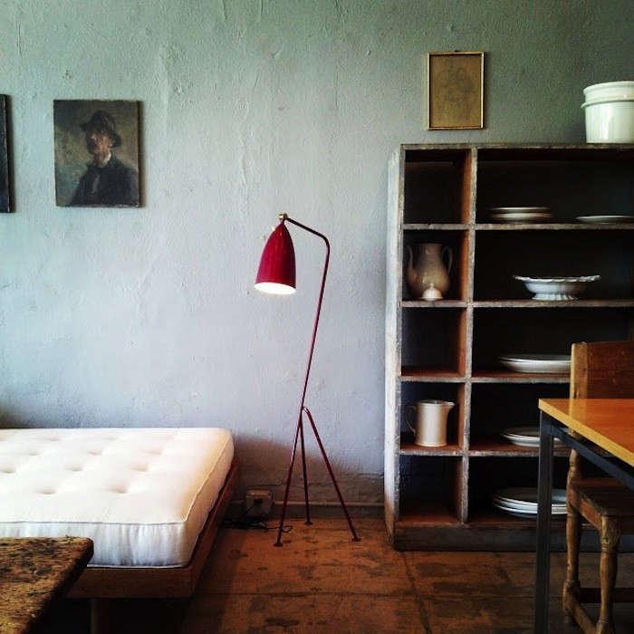 Esoteric-Survey-Galerie-Half-Remodelista-01