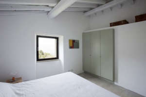 A2BC Architects White Bedroom Green Closet Remodelista