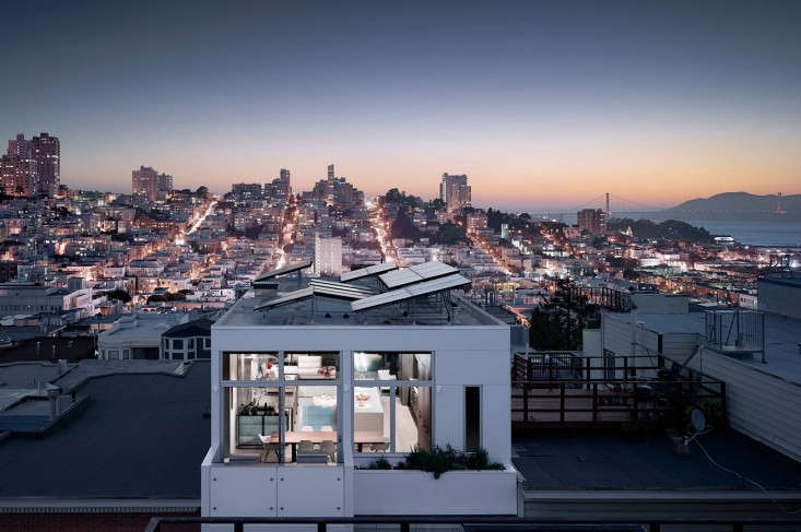 Feldman-Architecture-Telegraph-Hill-Solar-Roof-Panels-Remodelista