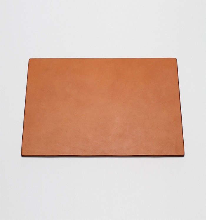 Field-Leather-Mouse-Pad-09-Remodelista