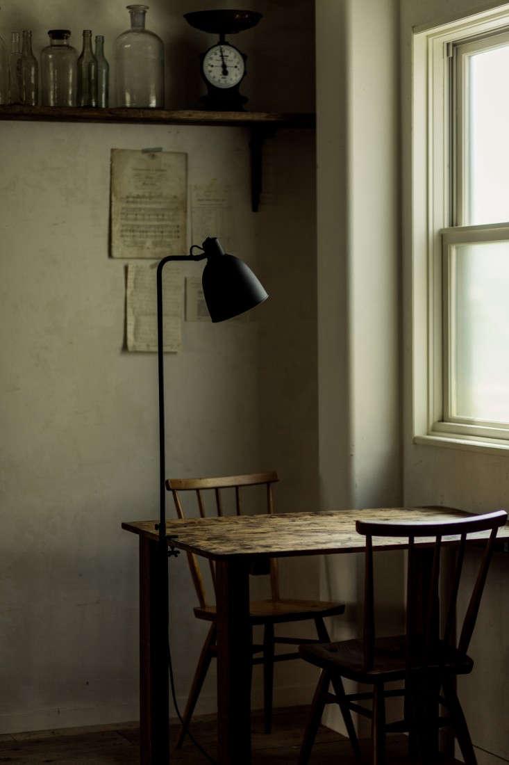 Flame-lighting-by-Kenichi-Kandatsu-Kobe-Japan-Remodelista-2