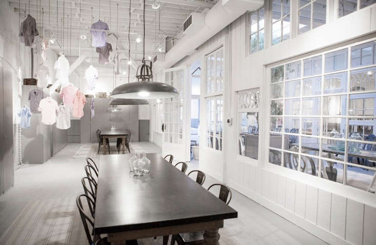 Frank-&-Eileen-Los-Angeles-showroom-designed-by-Melody-Weir-Torkil-Stadval-photo-Remodelista-3