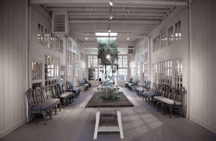 Frank-&-Eileen-Los-Angeles-showroom-designed-by-Melody-Weir-Torkil-Stadval-photo-Remodelista