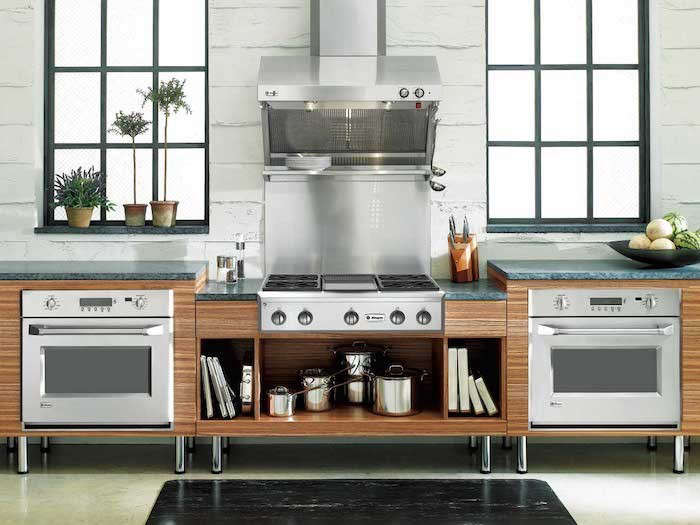GE-Monogram-Cooktop-Wall-ovens-under-counter-installation-Remodelista