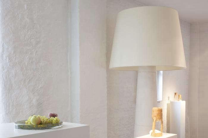Galerie-Sofie-Lachaert-Jos-Devriendt-light-Remodelista