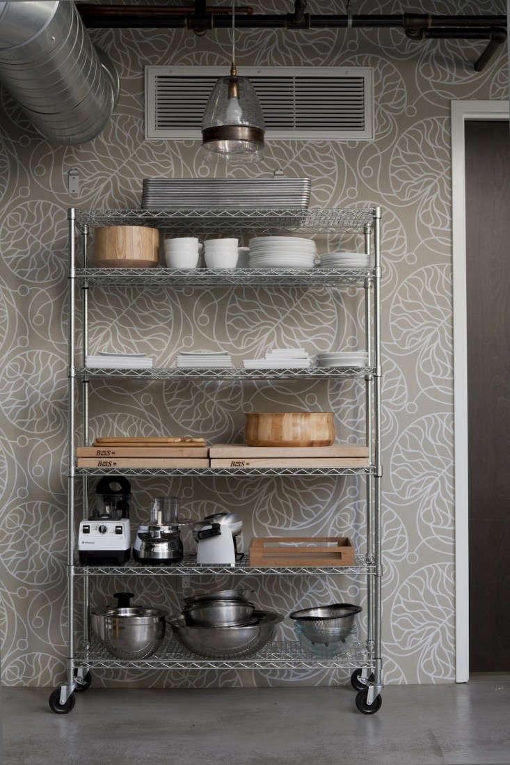 Gardein-kitchen-DISC-Interiors-Marimekko-wallpaper