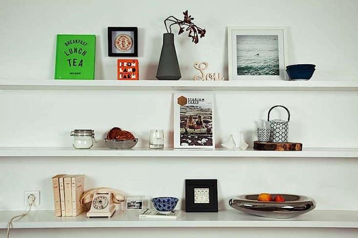 Gesa-Hansen-Family-Shelves-Remodelista