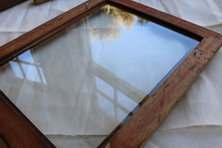 Glass-cut-for-DIY-old-frame-remodelista