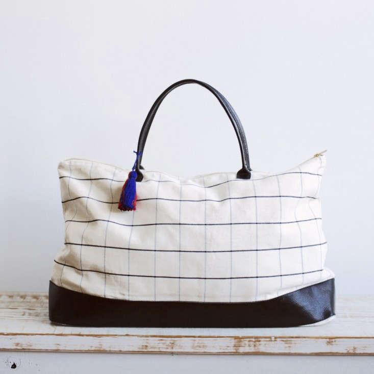 Graph-White_Overnight_Bag