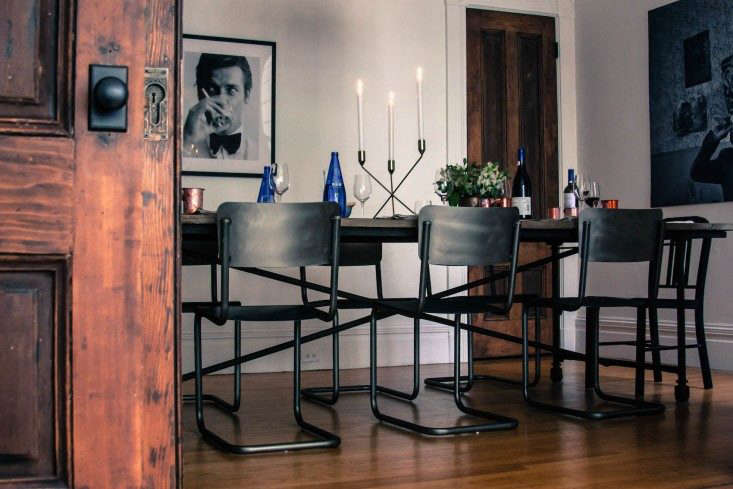 Greek-inspired-table-setting-at-Jen-Pelka-Charles-bililies-home-Remodelista
