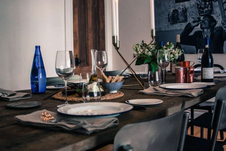 Greek-inspired-tablescape-by-charles-bililies-and-jen-pelka-Remodelista