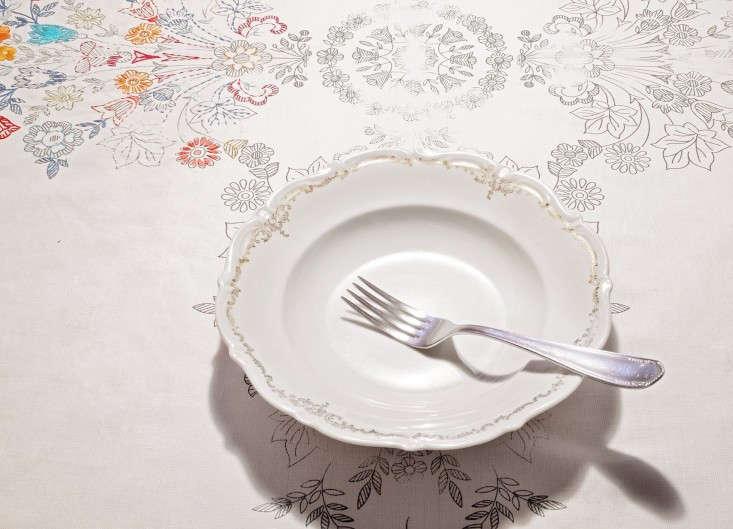 Gruppo-di-Installazione-Italian-ready-to-embroider-tablecloth-Garde-LA-Remodelista