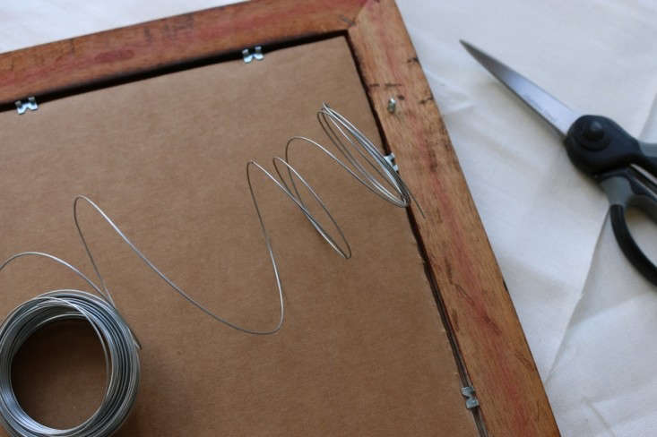 Hanging-wire-for-back-of-DIY-vintage-frame-remodelista