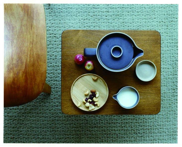 Hasami-porcelain-teaset-Remodelista
