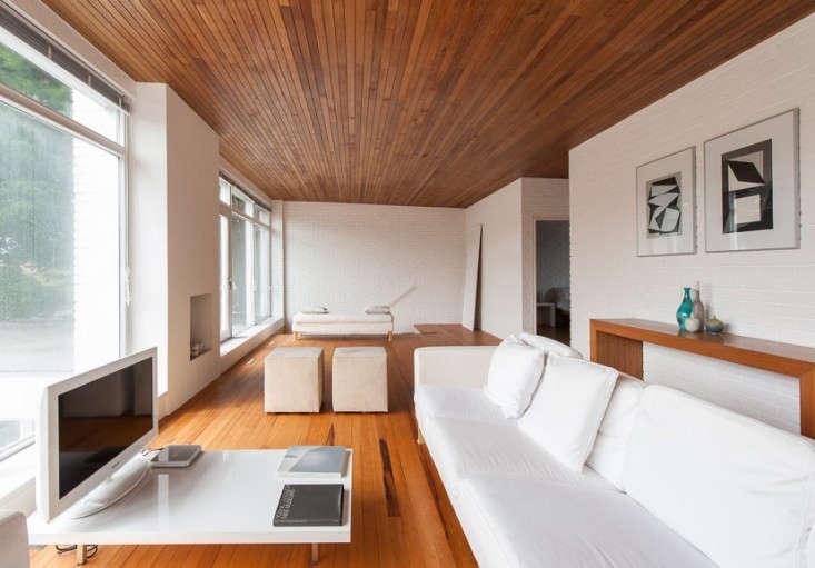 Hedley-Greentree-midcentury-modern-house-Hampshire-UK-Remodelista-04