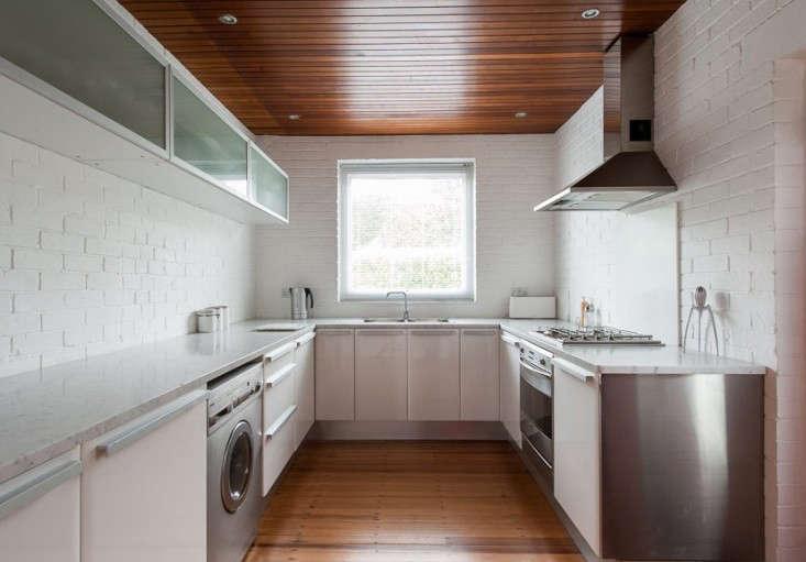 Hedley-Greentree-midcentury-modern-house-Hampshire-UK-Remodelista-06