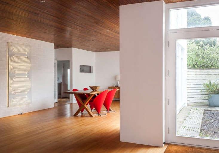 Hedley-Greentree-midcentury-modern-house-Hampshire-UK-Remodelista-07