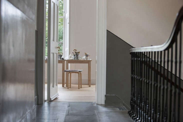 Helen-Lucas-Architects-Alison-Watts-Studio-entry-Angus-Bremner-Remodelista