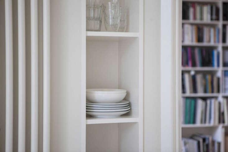 Helen-Lucas-Architects-Alison-Watts-Studio-kitchen-storage-Angus-Bremner-Remodelista