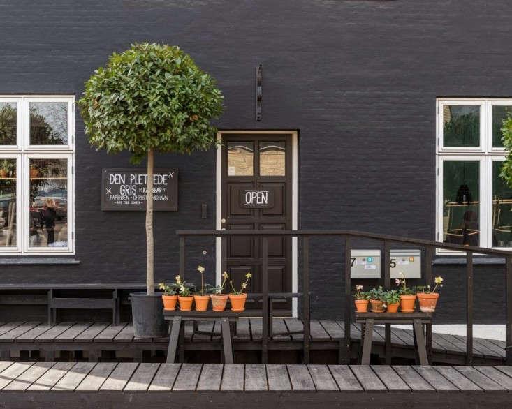 Henrik-Vibskov-Coffee-Shop-Chistianhavn-Copenhagen-05