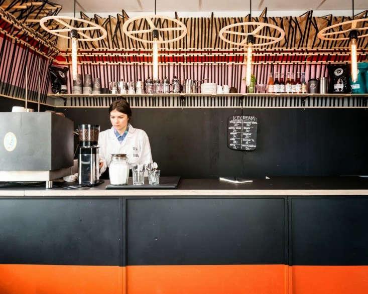 Henrik-Vibskov-Coffee-Shop-Chistianhavn-Copenhagen-08