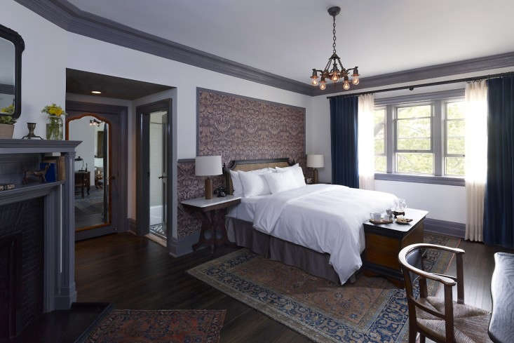 Highline-Hotel-New-York-Roman-and-Williams-guest-room-Remodelista