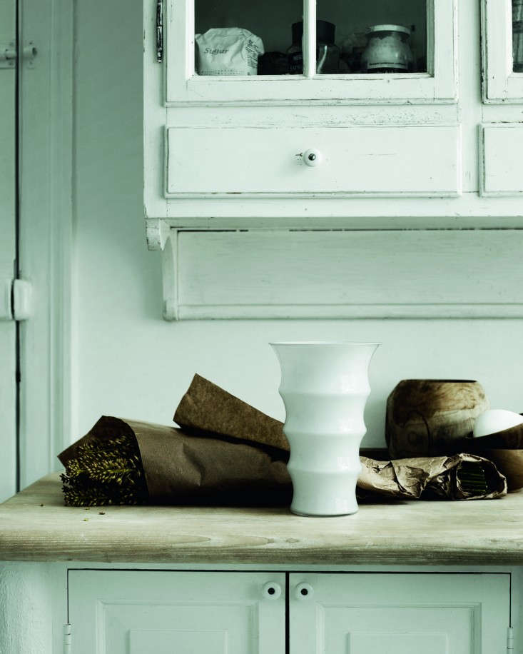Holmegaard-Karen-Blixen-Vase-Remodelista
