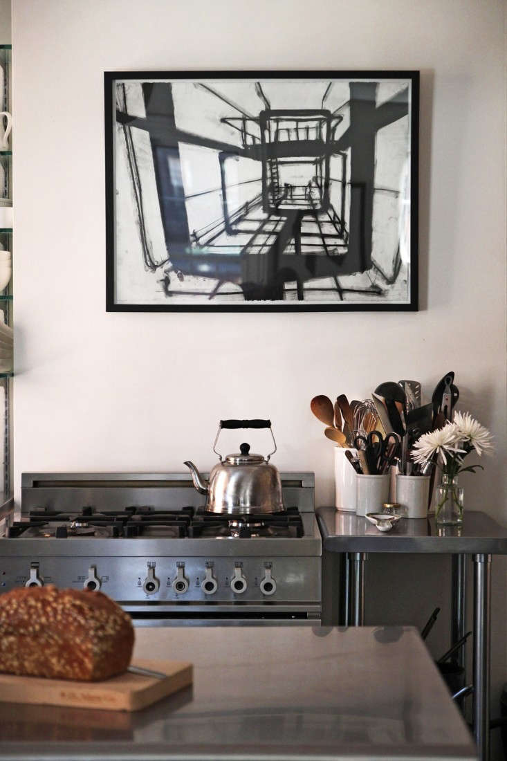 Home Tour, Jeffrey and Cheryl Katz, stove detail, by Justine Hand for Remodelista