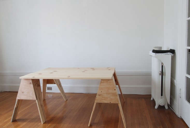 Home-For-The-Holidays-Instant-DIY-Sawhorse-Table-Remodelista-05