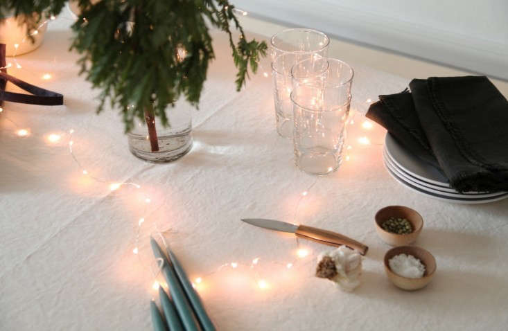 Home-For-the-Holidays-Instant-Table-Remodelista-003