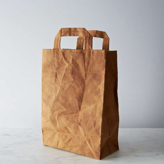 Hostess-Gifts-Waxed-Canvas-Market-Bag-Remodelista