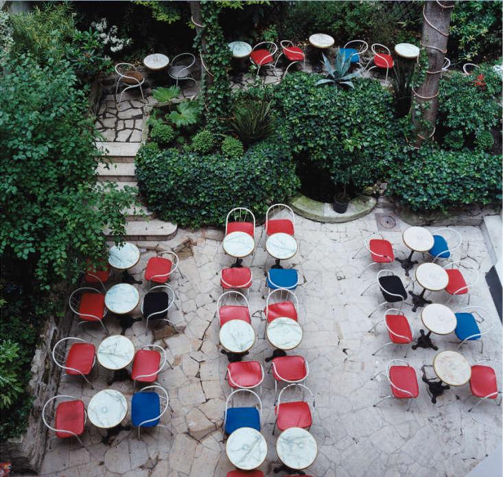 Hotel-Amour-Paris-restaurant-1-Remodelista