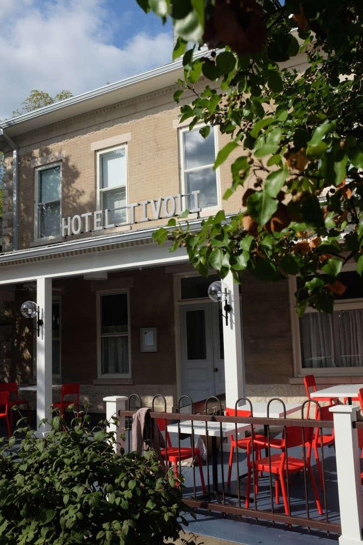 Hotel-Tivoli-Tivoli-NY-Reunion-Goods-&-Services-Remodelista-11