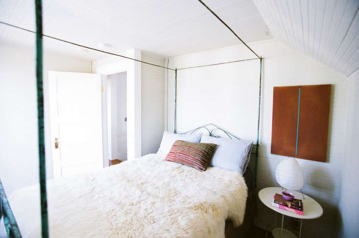 House-Call-Kathleen-Whitaker-Echo-Park-Bedroom-Remodelista-02