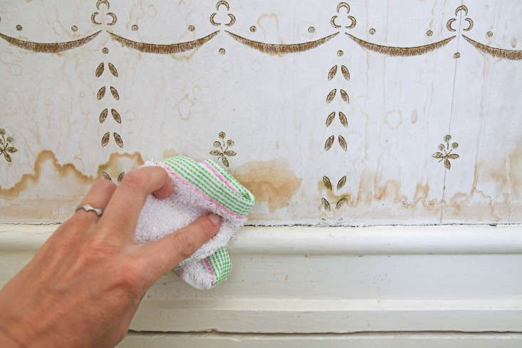 How to Clean Water Stains from Wall Paper, Step 5, Remodelista