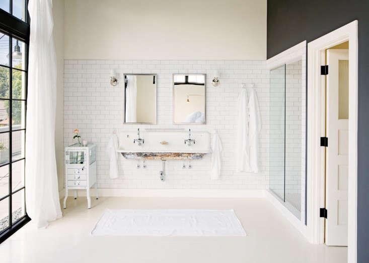 Industrial-Portland-loft-bathroom-Remodelista