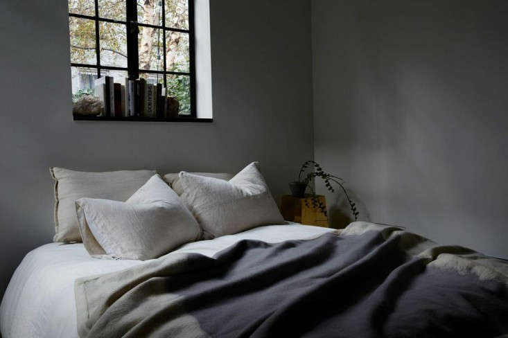 JM-Generals-American-cashmere-cormo-large-throw-blanket-Remodelista