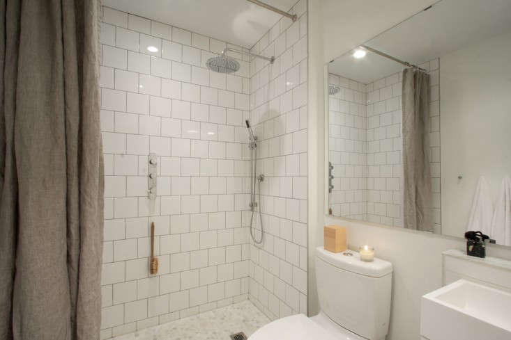 Reader rehab a budget bath remodel with little luxuries - Small bathroom remodel with tub ...