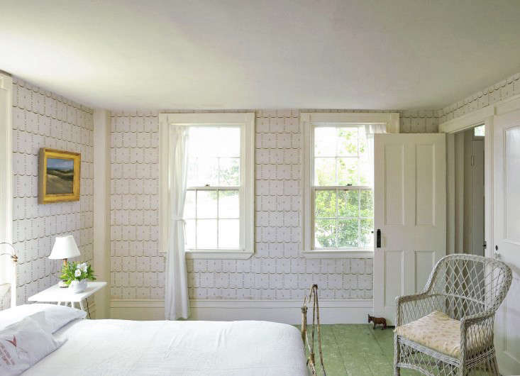 Marvelous Above: One Of My Favorite Features In The Guest Bedroom Of My Summer  Cottage Is The Antique Cream And Gold Wallpaper. Photograph By Matthew  Williams For ...