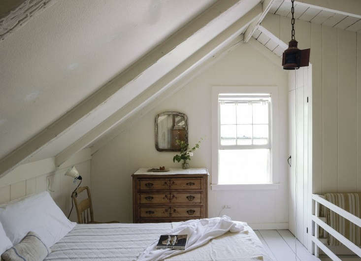 Justine-Hand-Cape-Cod-cottage-Matthew-Williams-Remodelista-16