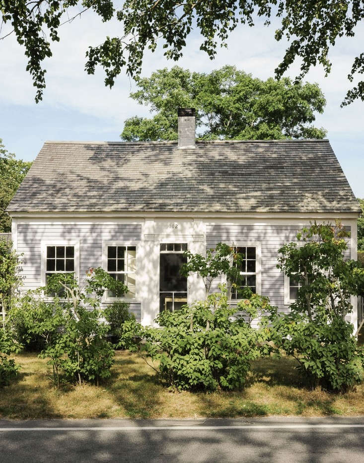 Justine-Hand-Cape-Cod-cottage-Matthew-Williams-Remodelista-23