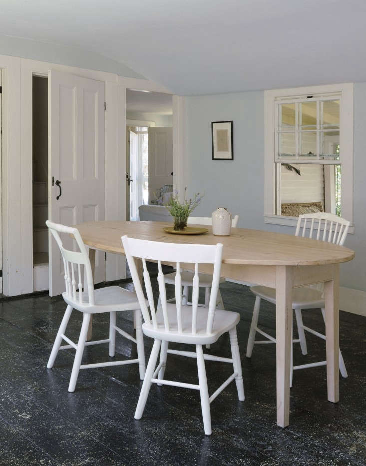 Justine-Hand-Cape-Cod-cottage-Matthew-Williams-Remodelista-6