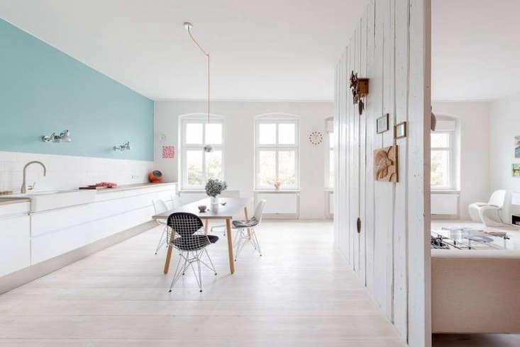 Karhard-Berlin-Flat-Blue-Kitchen-Wall-Remodelista-01