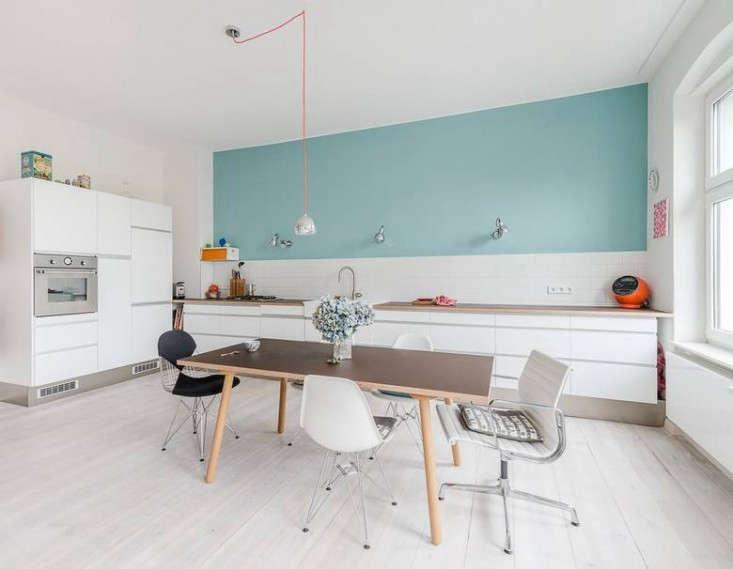 Karhard-Berlin-Flat-Blue-Kitchen-Wall-Remodelista-02